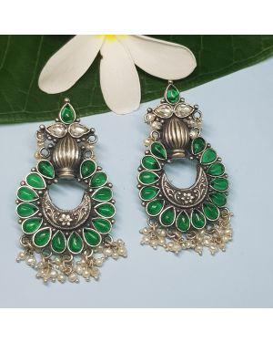 Silver emerald earring